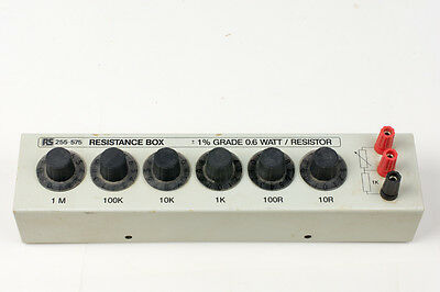 RS Component Decade Box Resistance, Resistance Resolution 1Ω,  +/-1% Grade 0,6 W