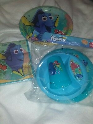 """Childs Finding Dora  DINNERWARE 7"""" party pack"""