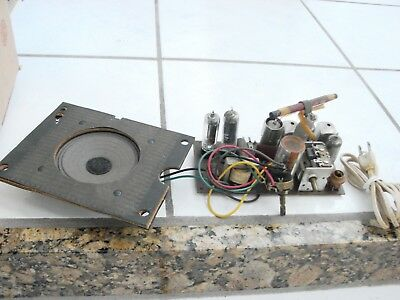 1950's ? Birdhouse Radio for parts repair  chassis & speaker,needs on/ off swith