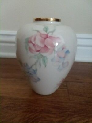Lenox Vase Chatsworth Handcrafted With 24k Gold Pink Blue Roses