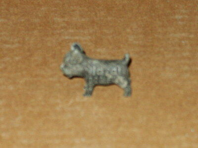 "Vintage Ideal Dog Food ""Good Luck"" Metal Dog Advertising 1 1/4"" Long"