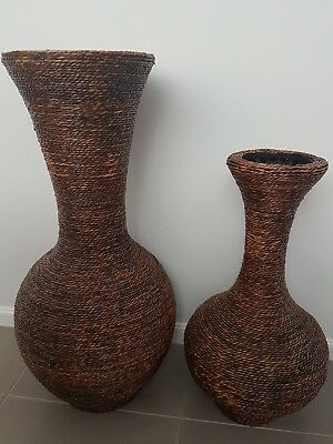 LARGE RATTAN VASE Set- AS NEW!!