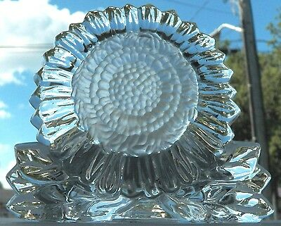 Very Decorative Collectible Is This Large Sunflower Partylite Tealite Holder