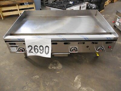 "2690-New S/D - Vulcan Thermostatic 48"" Griddle, Electronic Ignition Model: 948RX"
