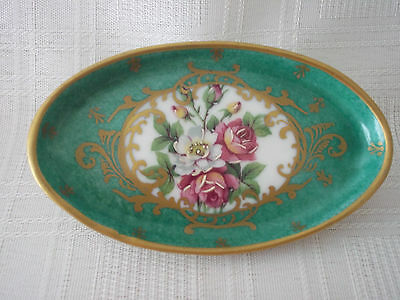 Limoges Oval Exquisite Quality Plate w. Roses On Malachite Background w Gold Tri