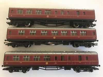 Hornby 00 Mint X 3  Lms Livery Coaches.made In Great Britian.