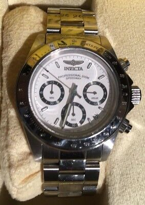 Men's Invicta Speedway Cougar Chronograph Watch with White Dial (Model: 9211)
