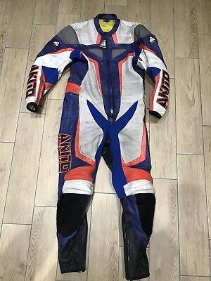 Akito Motorcycle Leather 1 piece track/racing suit TT Size 38/ Small