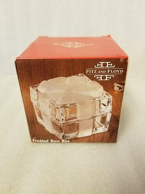 Fitz And Floyd Frosted Bow Trinket Box