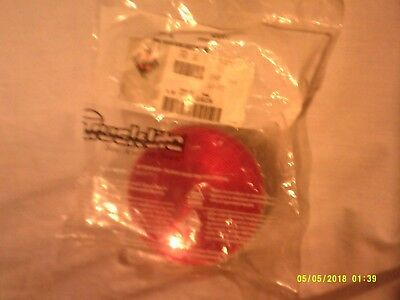 Truck-Lite Economy 40 Stop/Turn/Tail Lamp, Red #40282R