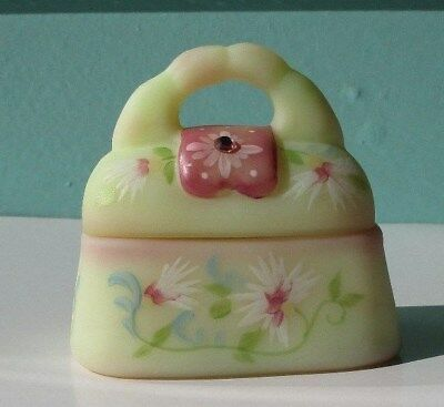 Collectable Fenton Burmese Glass Mothers Day Basket Glows Uv Light Usa