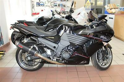Kawasaki: Ninja 2011 Kawasaki Ninja ZX-14R Black 3060 KMs all original one owner