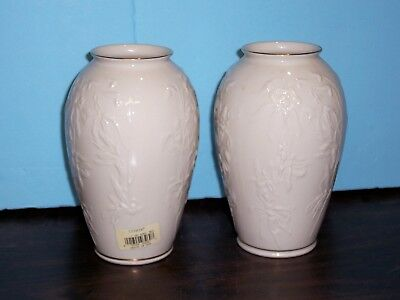 """Lenox Masterpiece Small Vase 7"""" Cream / Ivory   Never Used Discontinued"""