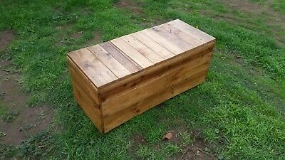 Hand Made Recycled Timber Pallet Bench