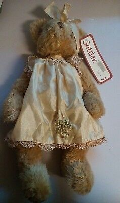 Settler Bear 'Erica'. New with tag.
