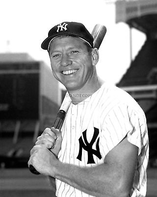 Mickey Mantle New York Yankees B/&W Autograph 8 x 10 Photo Picture #bwk1