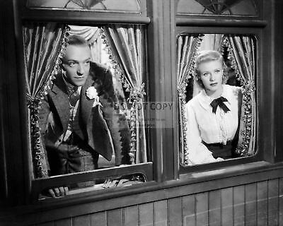 """Fred Astaire Ginger Rogers """"Story Of Vernon & Irene Castle"""" - 8X10 Photo (Cc784)"""