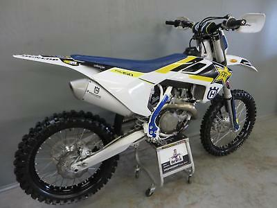 Husqvarna FC 450 2017 23 hours total but fully rebuilt needs running in MINT