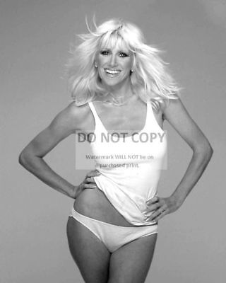 Actress Suzanne Somers Pin Up - 8X10 Publicity Photo (Cc679)