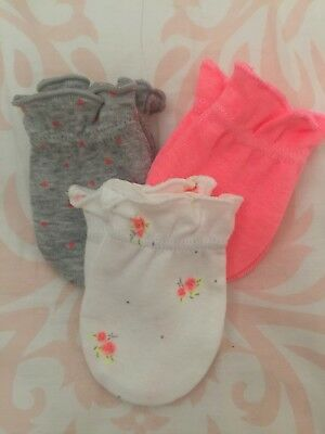 New Carter/'s Girls 3 Pack Baby Mittens 0-3 months NWT 100/% Cotton Pink Hearts