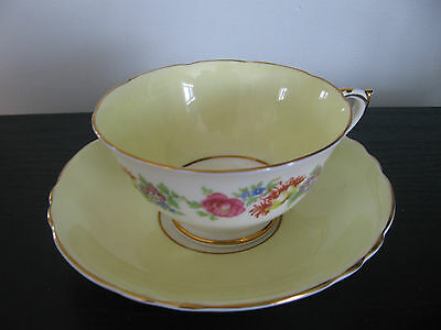 Paragon Yellow Ring Of Flowers Teacup And Saucer