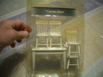 Carriage House Mini 5 Piece Dollhouse Wh/Yellow Kitchen  Table, 4 Chairs, New/Ob