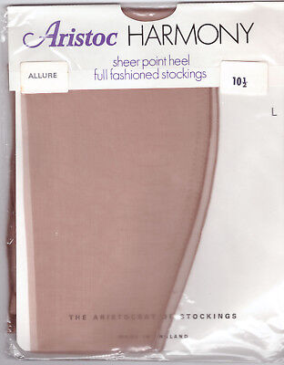 "Aristoc Harmony Point Fully Fashioned Stockings - Size 5 /10.5"" Allure -15d/60g"