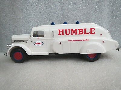 HUMBLE Oil 1994 Airflow Sampler Truck-White-VERY RARE-MINT IN BOX