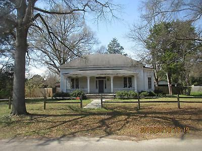 BY OWNER! 1800s EDWARDIAN HOUSE! SMALL QUIET TOWN AWESOME NEIGHBORHOOD!