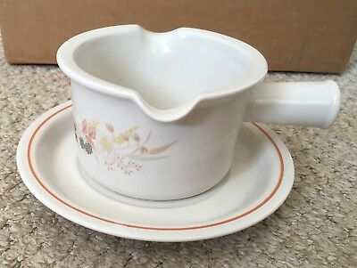 Hedge Rose by Boots Gravy Boat Jug and matching saucer Excellent Condition