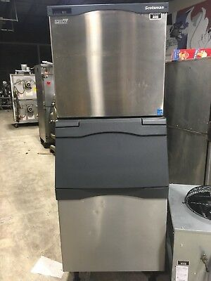 2014 Scotsman C1030MR-32B Remote 996 Pound Ice Machine w/ Bin and Condenser
