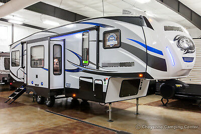 New 2019 305ML6 Lite Mid Living Room Rear Kitchen 5th Fifth Wheel for Sale