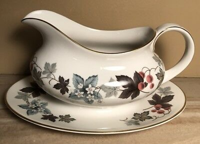 Royal Doulton CAMELOT Gravy Boat Attached Underplate
