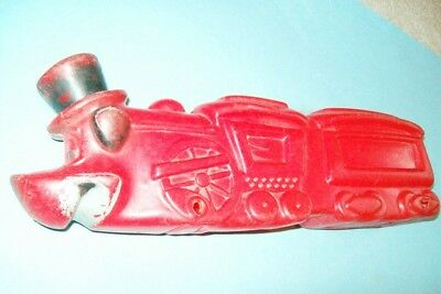 RARE Vintage Early 1960s Huckleberry Hound Plastic Train Engine