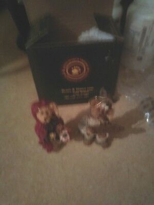 Set Of 2 Ornaments Boyds Bears & Friends (Bailey & Matthew Limited Edition)