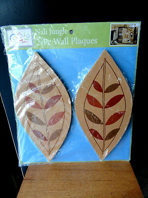 "CoCaLo Baby Leaves Decor Wood Wooden 13"" Nali Jungle 2 pc Wall Plague"
