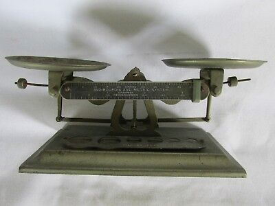 Vintage Pelouze Scale Avoirdupois & Metric, Double Pan w Weights, Chicago