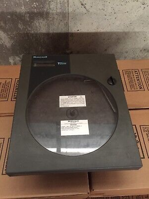 Honeywell DR45AT-1000-00-000-0-100000-0 Chart Recorder DR4500 120/240VAC 20VA