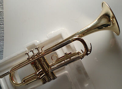 Yamaha 2320 trumpet - complete outfit with Bach 7C MP, oil, cloth, slide grease