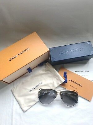LOUIS VUITTON Grease aviator pilot monogram pattern sunglasses shades for mascot