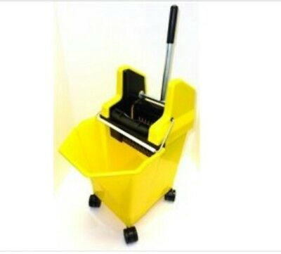 5!A.  SYR Yellow 15 Litre Kentucky Mop Bucket and Wringer cleaning floors