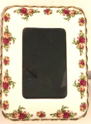 Royal Albert Old Country Roses Free Standing Scalloped Edged Picture Frame