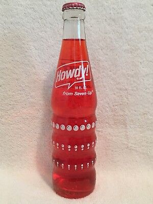 FULL 10oz HOWDY STRAWBERRY ACL SODA BOTTLE SEVEN-UP COMPANY 7UP