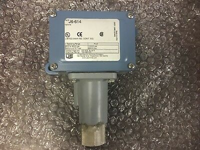 UNITED ELECTRIC CONTROLS COMPANY PRESSURE SWITCH Part # J6-614