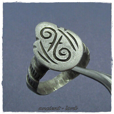 ** ARCHERY ** ancient SILVER ROMAN RING !!! MILITARY!!!