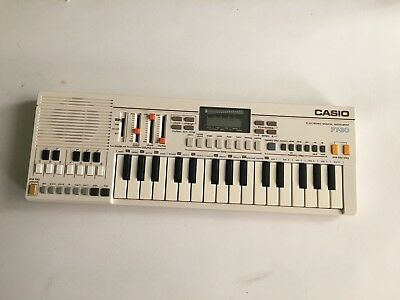 Vintage Casio PT-30 Mini Electronic Keyboard Musical Instrument Synthesizer