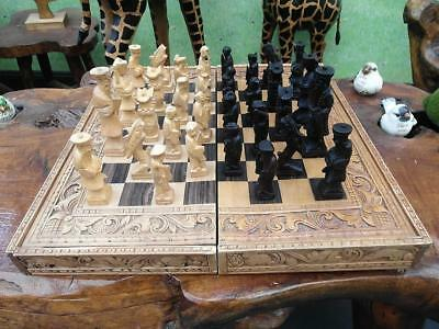 Vintage TIMBER Carved BALINESE Chess SET FOLDING Case HIGHLY Detailed QZZQ SA