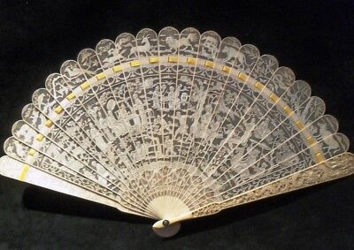 Fine 19C Antique Carved Chinese Canton Brise Export Fan Eventail 清朝 嘉慶帝 Qianlong