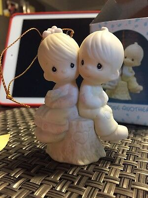 Precious Moments #522929 Love One Another ornament With Box