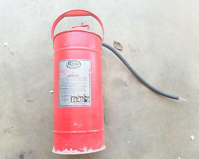 VINTAGE MILLER PEERLESS Pump type fire extinguisher Red paint fire engine